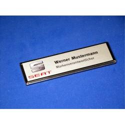Namensschild Modell M silber mit Namens- und Zusatzgravur